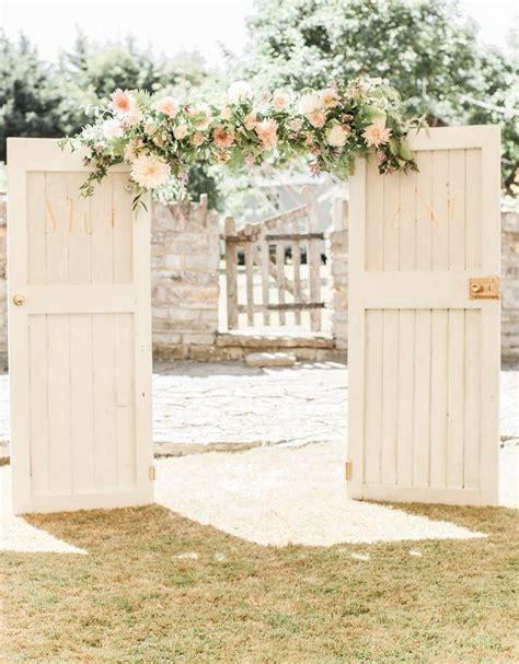 Best 25  Wedding Doors ideas on Pinterest   Outdoor
