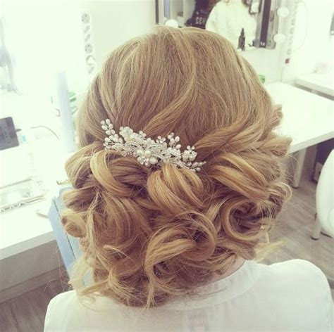 Hairstyle Helpers by 17 Best Ideas About Wedding Hairstyles On