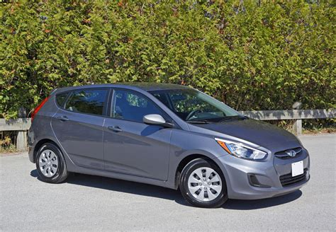 hyundai accent gl hatchback 2016 hyundai accent hatchback gl auto road test review
