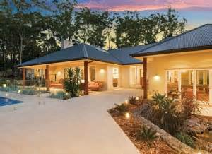 single level home designs contemporary home designs narrow sloping block designs