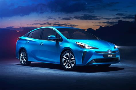 2019 Toyota Prius In Hybrid by New 2019 Toyota Prius Facelift Arrives With All Wheel