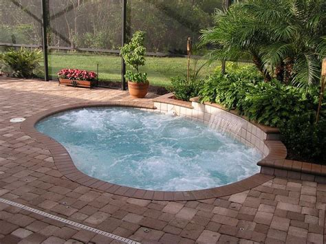 Extremely Amazing Swimming Pools Ideas 23 Amazing Small Swimming Pool Designs Page 2 Of 5