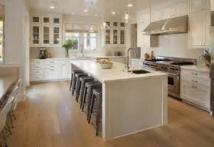 Farmhouse Style Kitchen Cabinets by 25 Farmhouse Style Kitchens
