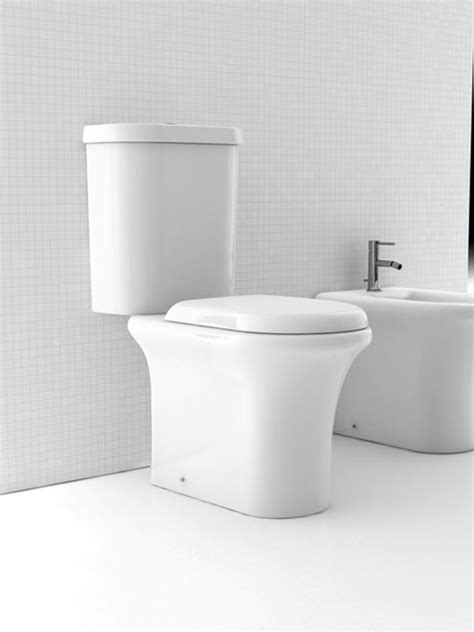 sanitari bagno stock stock sanitari a marchio falerii tradeworld it