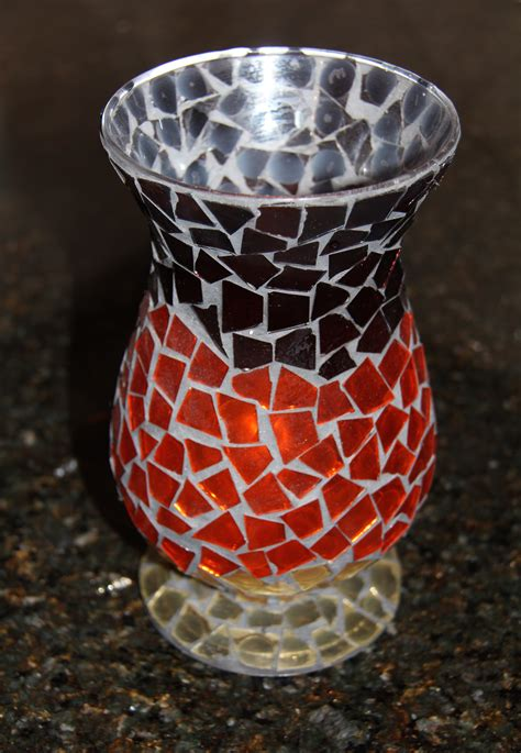Mosiac Vases by Shows Us How To Make A Beautiful Mosaic Vase Marcie
