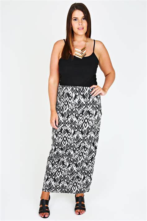 black and grey aztec print maxi skirt plus size 14 to 32