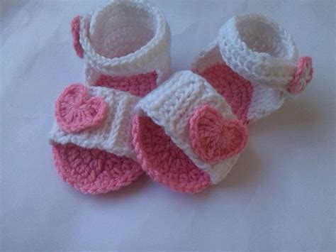 how to crochet baby sandals baby sandal crochet pattern favecrafts
