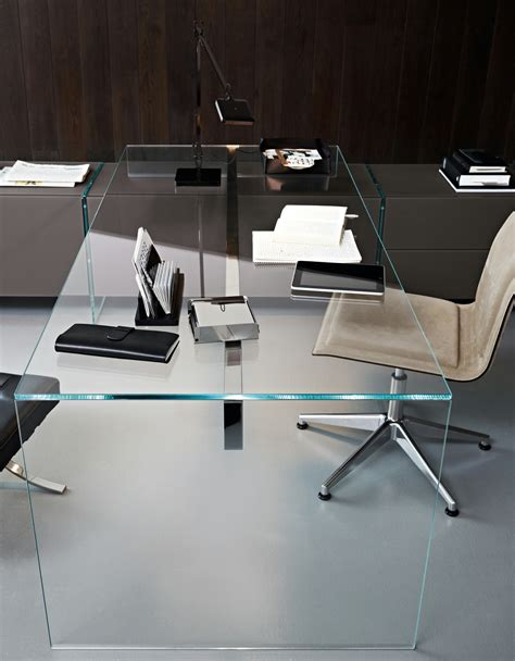 escritorio de cristal air desk   gallottiradice diseno pinuccio borgonovo