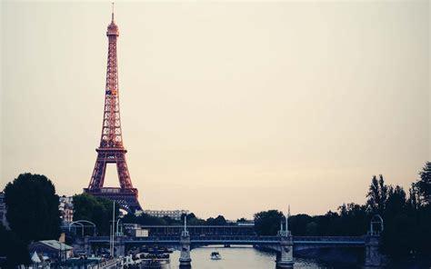 Loz Eiffel Tower eiffel tower desktop wallpaper 68 page 3 of 7 wallpaperdata 4k wallpapers world