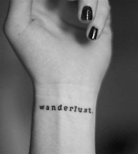 tattoo wrist wanderlust die 25 besten ideen zu wanderlust tattoos auf pinterest