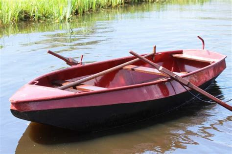 roeiboot namen boot reserveren giethoorn bootverhuur botenverhuur bootjes