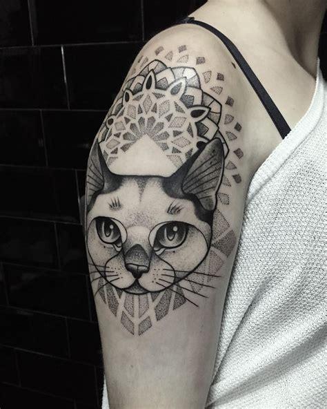 pattern cat tattoo 25 best ideas about cat portrait tattoos on pinterest