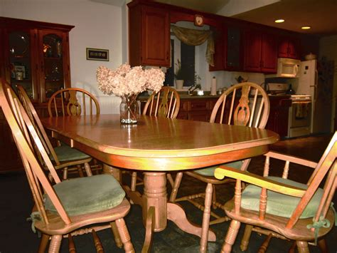 Bobs Furniture Kitchen Table New Dining Room Tables Bobs Light Of Dining Room