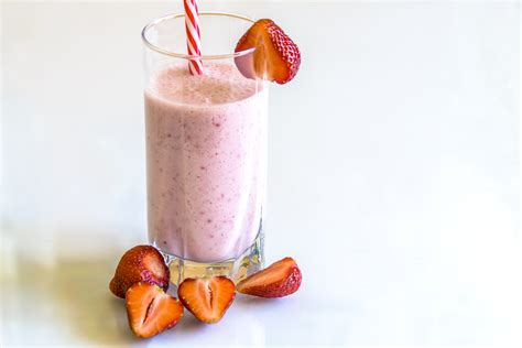 milkshake photography strawberry milkshake wallpaper www pixshark com images