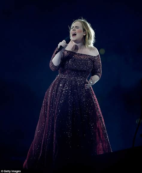 adele promise this notes adele fan receives hand written note at her auckland show