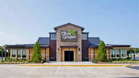 Oliva Garden by Olive Garden Turnaround Helps Lift Darden Profit Above