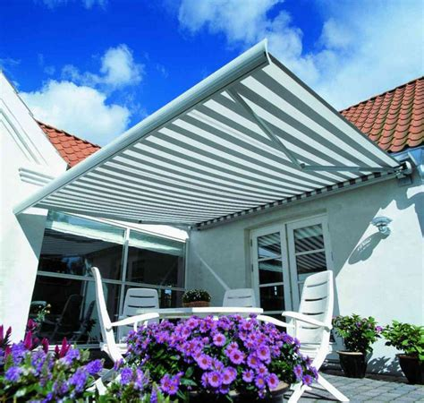 Solara Retractable Awnings