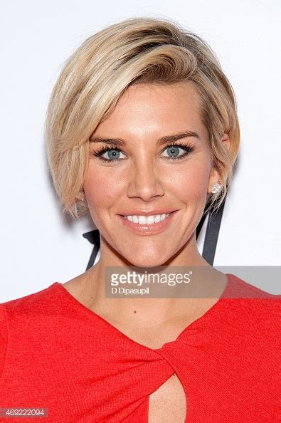 Extra Host Bob Haircut | extra host charissa thompson new haircut