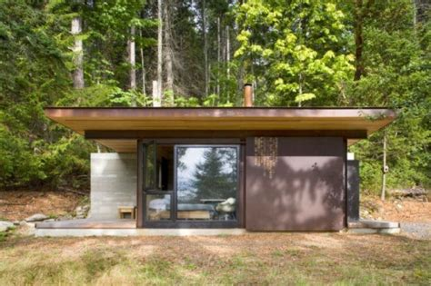Small Metal Cabins by Kundig S One Room Gulf Islands Cabin Is A Minimalist