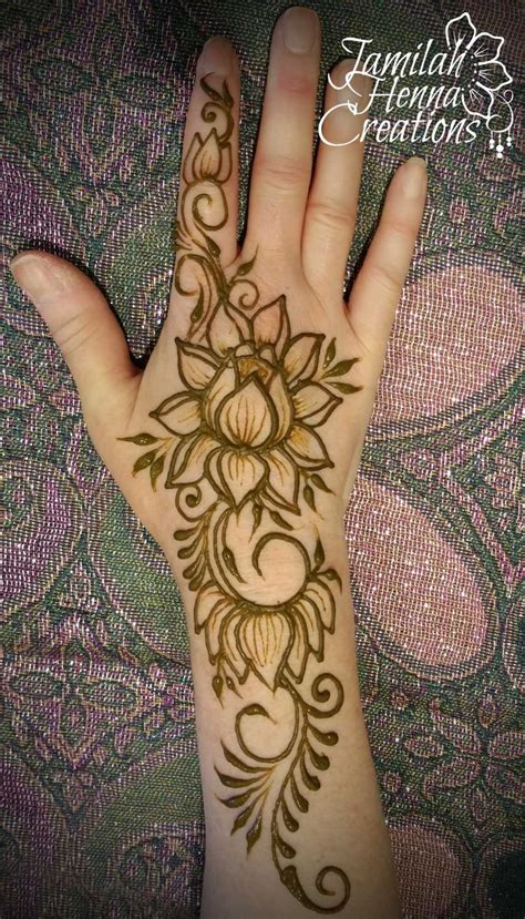 henna tattoo hand karlsruhe best 25 lotus henna ideas on henna flower