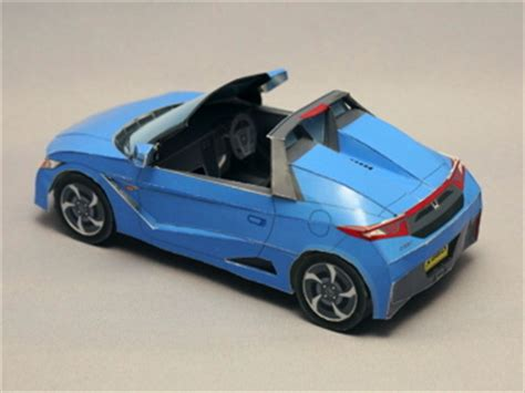 Papercraft Honda - model in studio models picture