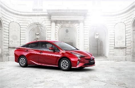 Abdul Latif Jameel Toyota Used Cars Abdul Latif Jameel Unveils Awaited Hybrid Toyota Prius
