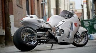 Suzuki Hayabusa Motorcycle White Motorcycle Suzuki Gsx1300r Hayabusa Wallpapers And