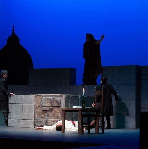 Tosca Set Aida 4in1 tosca1 productions
