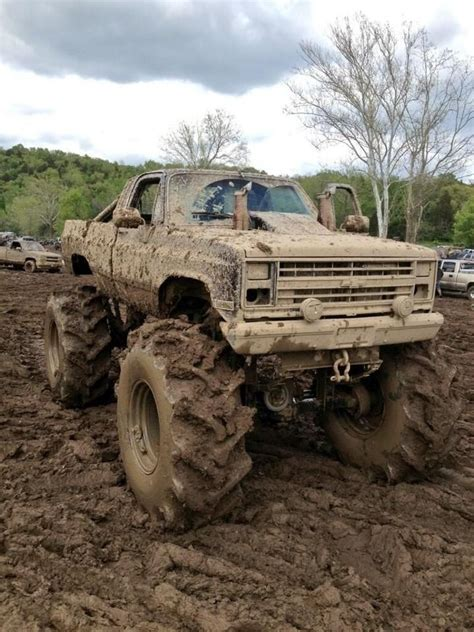 truck mudding 1000 images about mud trucks on chevy