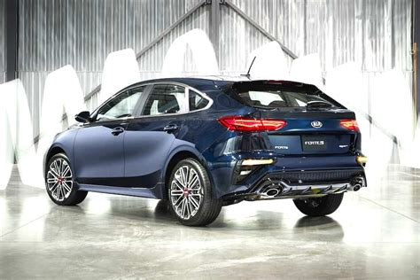 kia forte hatch 2020 new 2020 kia forte5 hatchback hits the streets this fall