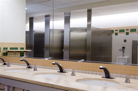 bathroom cleaning service office commercial restroom cleaning services five star