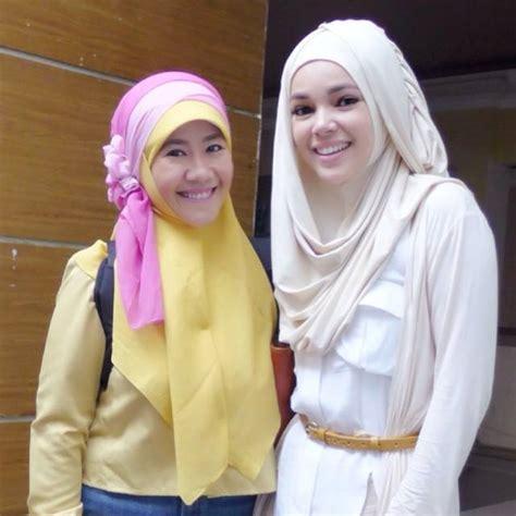 tutorial memakai hijab ala dewi sandra hijab tutorial ala dewi sandra foto bugil bokep 2017