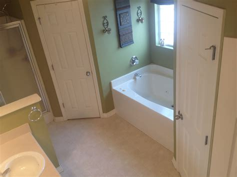 4ft bathtubs 2917 saddlebrook drive west a house waiting to be a home
