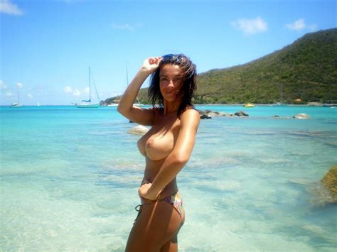 tropical tits on the tropical beach myconfinedspace nsfw