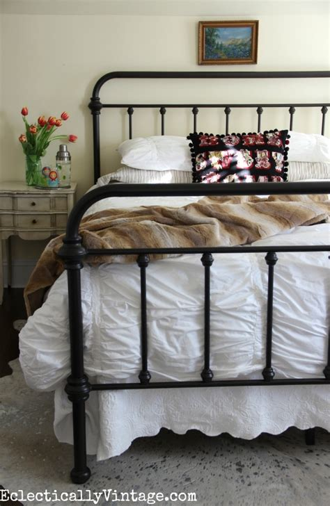 crane and company bedding how to style white bedding tips on getting endless looks
