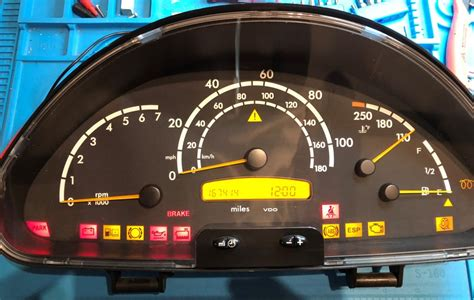 mercedes sprinter  dashboard instrument cluster