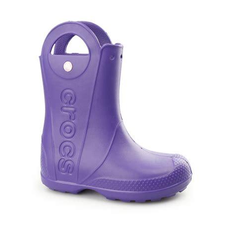 crocs handle it boots crocs handle it boot boys comfy croslite roomy