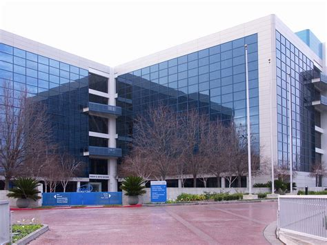 Mba Colleges In Silicon Valley by Boxes High Tech And The Silicon Valley Room One