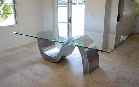 Borgol Jari Stainless Hight Quality glass table peenmedia
