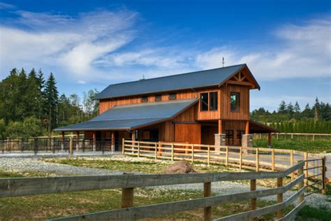 horse barn floors stall awesome pole home house plans amazing horse barn designs horse shoe nation