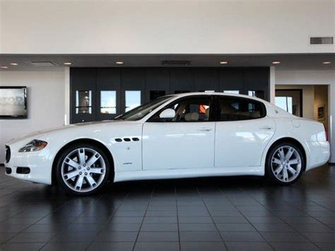 white maserati sedan sell used 2012 maserati quattroporte s sedan white