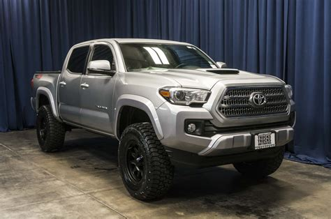 2016 toyota tacoma lifted 2017 toyota tacoma trd sport for sale with photos carfax