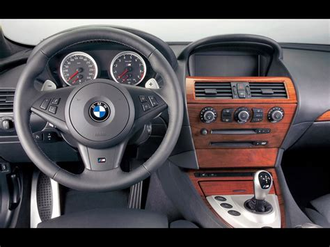 bmw dashboard 2006 bmw m6 dashboard 1024x768 wallpaper