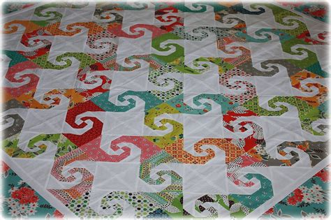 quilt pattern snail s trail the snail trail quilt block unique flexible and simple to