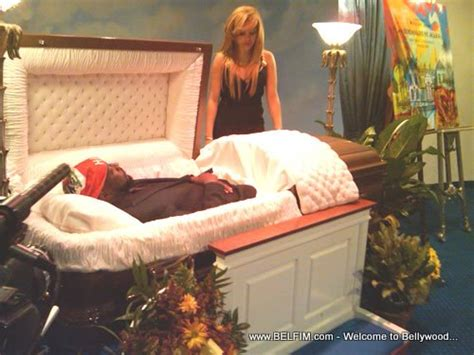 celebrity casket photos celebrities in their caskets myideasbedroom com