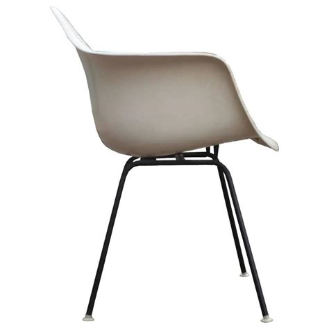 Eames L by Iconic Pair Of Early Eames Fiberglass Modern Chairs