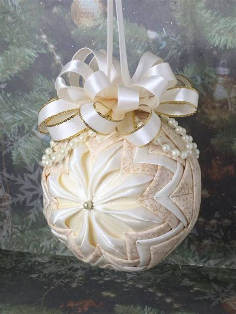 Quilted Ornament by 17 Best Images About Quilted Balls On Gold