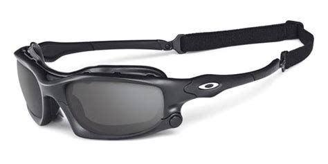 One Day Blind Tom Cruise Wears Oakley Sunglasses In Mission Impossible 4