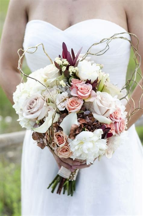 Fall Flower Wedding Bouquets by 10 Gorgeous Fall Wedding Bouquets Huffpost