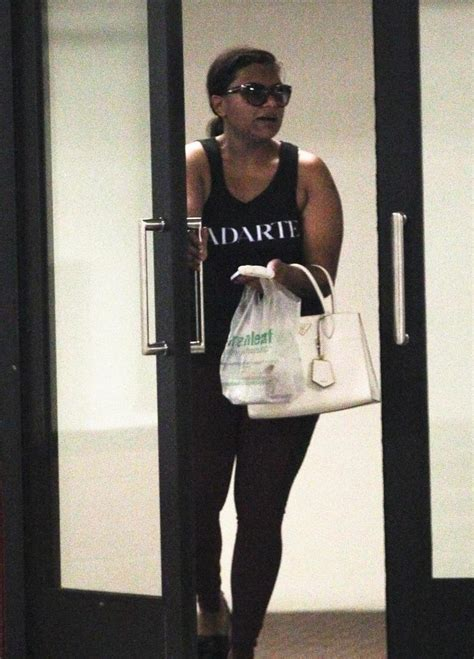 mindy kaling jobs pregnant mindy kaling is all about working out on sundays
